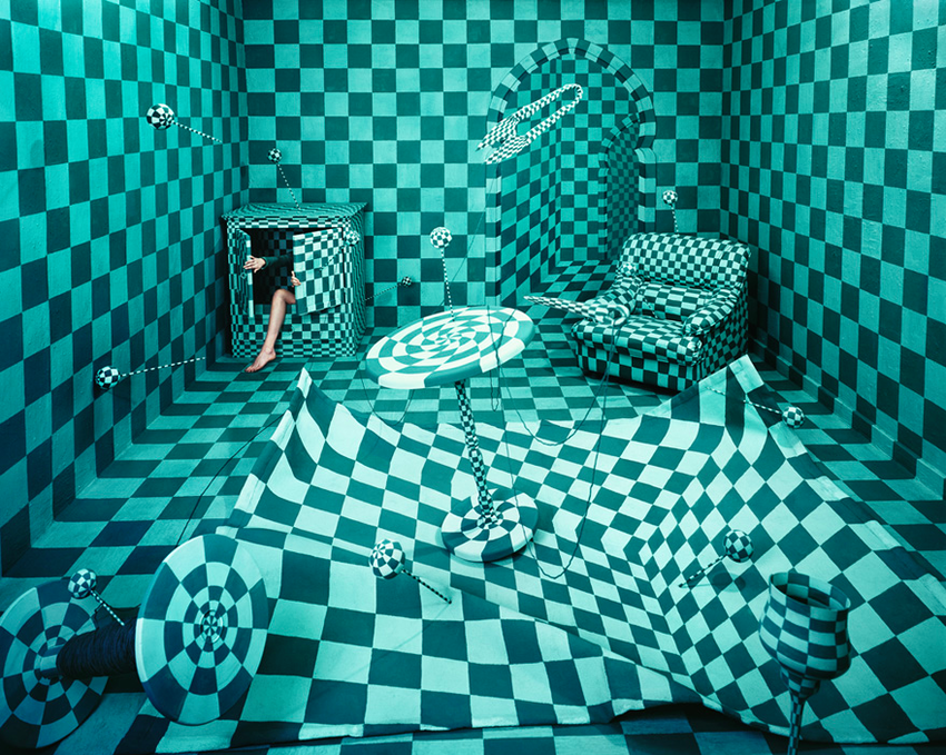283471c420 Sambal – Kunstenares tovert haar kamer keer op keer om in fantasiewereld